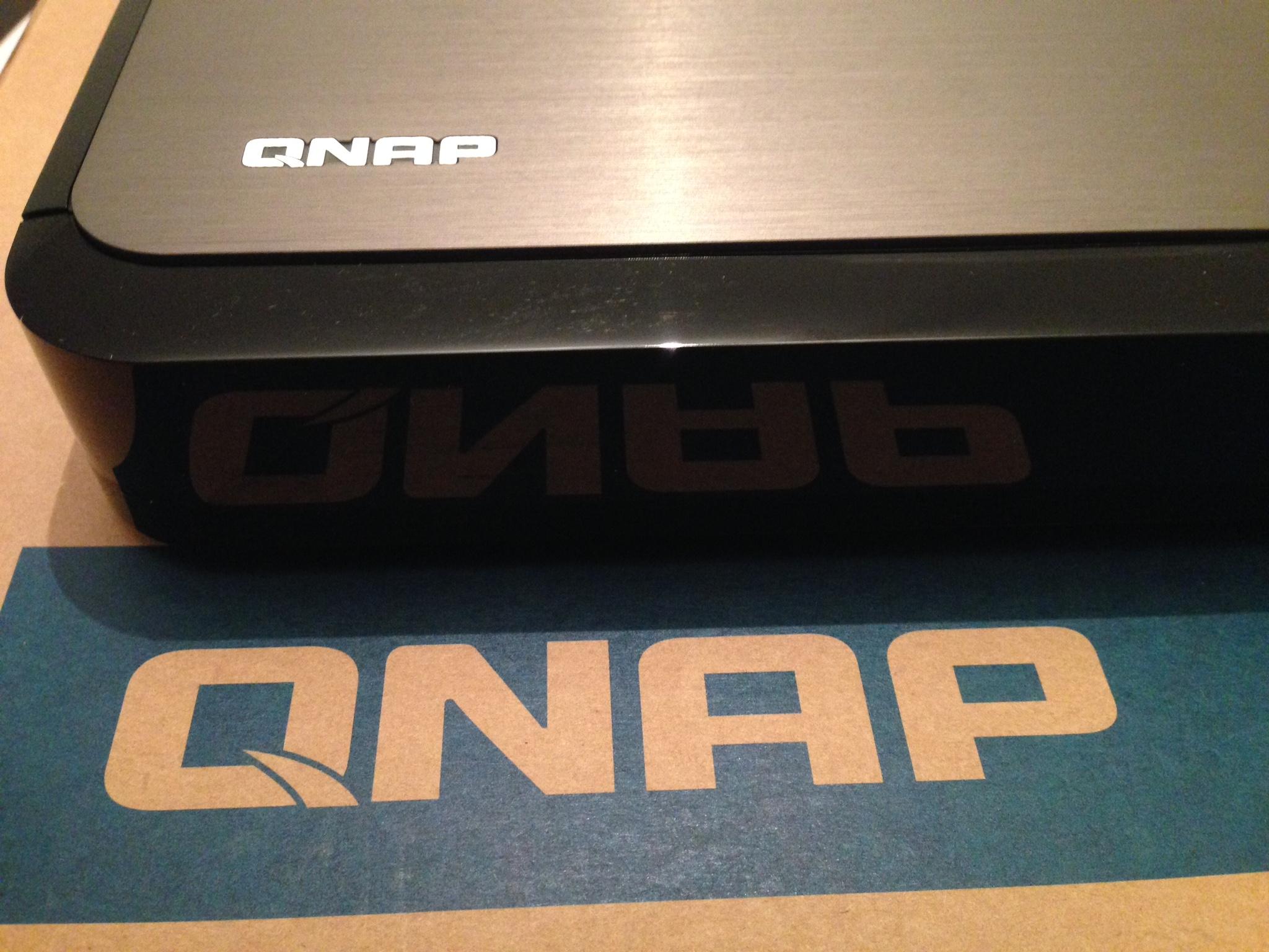 NAS QNAP HS-251+