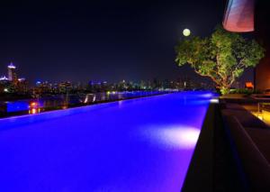Sofitel So Bangkok piscine debordement