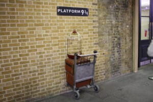kings_cross_platform_9_3_4