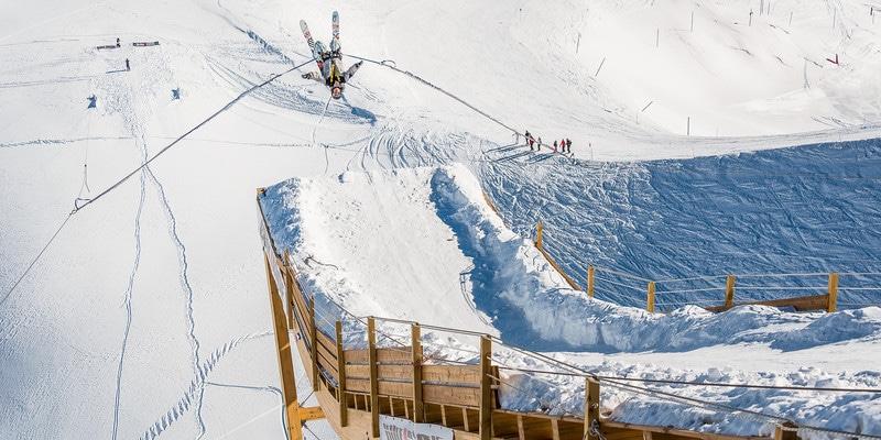 Bun J Ride - Saut à l'élastique en ski - activité insolite en station de ski