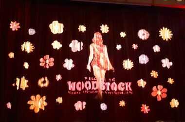 Welcome-to-woodstock-comédia